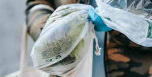 Plástico degradable biodegradable y compostable.